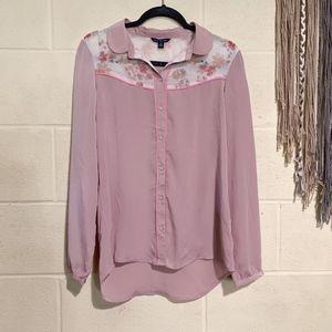 American Eagle - Floral & Pink L.S. Blouse – M
